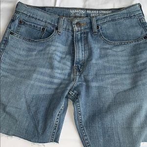 Levi's relaxed fit denim shorts 31 waist